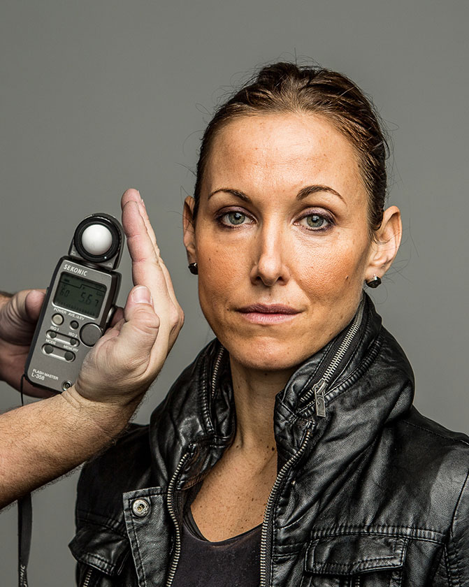 Tip Of The Week: Light Meter Portraits