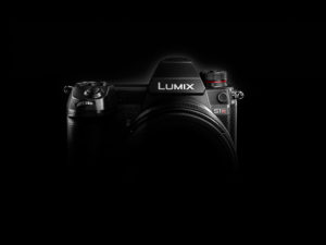 """Panasonic Develops Two Models of Its First Full-Frame Mirrorless Camera Cologne, Germany (September 25, 2018)– Panasonic Corporation has developed two models of its first Digital Single Lens Mirrorless camera with a 35 mm full-frame image sensor, the LUMIX S1R and the S1. These models are equipped with the world's first*1 4K 60p video recording function and the Dual I.S. image stabilization system. As part of the LUMIX S series, Panasonic aims to release them on the global market early 2019. For 100 years since its founding, Panasonic has strived to help realize better lives for customers around the world by responding to their needs. Working on the concept of creating a new culture of photography for a digital age with digital cameras, in 2008 Panasonic released the LUMIX G1, the world's first*2 Digital Single Lens Mirrorless camera. Over the ten years since then, Panasonic has continued to lead the industry with product innovations, such as the world's first*3 camera supporting 4K video recording, and cameras equipped with the Dual I.S. (Image Stabilization) system, combining stabilization both inside the camera unit and the lens. In recent years, telecommunications lines have increased in speed while social media video-sharing has gained popularity and as a result, more and more people are enjoying a hybrid of photos and videos, widening the range of expression in content production. This new field prompted the need for a new type of camera that goes beyond the boundaries of traditional photos and videos. With this in mind, Panasonic adopted the concept, 'Fuel the Photographers' Creative Vision' to develop a Digital Single Lens Mirrorless camera with a strong focus on the expressive capabilities for both photos and videos. The company will bring these cameras to market as part of the LUMIX S series, striving to provide """"specialized value"""" to customers desiring higher expressiveness. The cameras are user-friendly and offer a robust assortment of essential tools fo"""