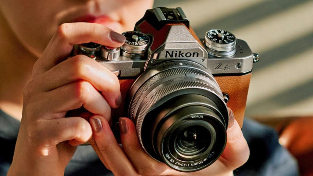 Nikon Z fc Hands-on Camera Review