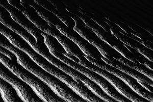 a beautiful sand-wavy wind